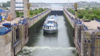 RIVER ARIA-Agigea lock transit 2016