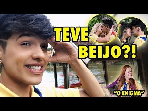 DESAFIO DO BEIJO (KISS CHALLENGE) NA SERIE DA VIIH TUBE COM A MARIA!? - O ENIGMA | VLOG