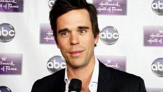 new girls david walton dishes on drama ahead between jess and sam are they headed for a breakup?