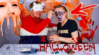 Челлендж МАКИЯЖ НА ХЭЛЛОУИН ЗАКРЫТЫМИ ГЛАЗАМИ 2  🧟 ГРИМ / Halloween Makeup Challenge Blindfolded