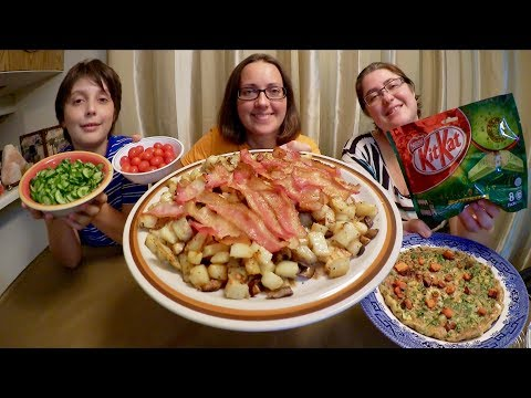 Green Tea Kit Kat Bacon And Hash, Green Omelette And Salad | Gay Family Mukbang (먹방) - Eating Show