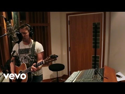 Joe Hall - We Kiss (Official Music Video)