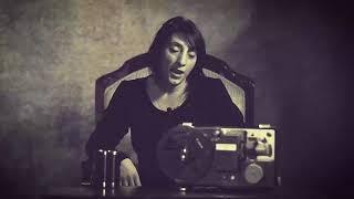 Tatlı gülüş pek yaraşır gözleri ömre bedel Video