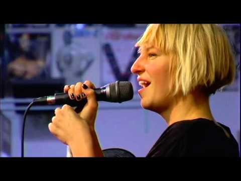 Sia - Live at Amoeba Music  2008 Performance Completa