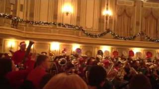 Tuba Christmas Chicago 2011 (Carol of the Bells)