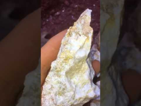 Breaking up big Quartz rock