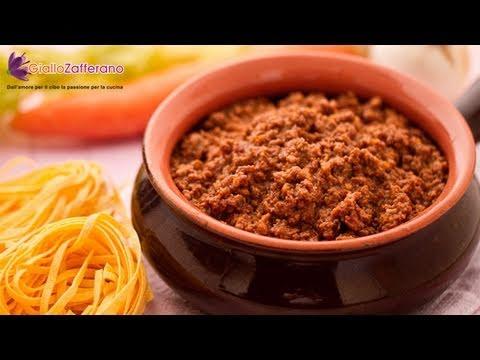 Spaghetti Bolognese Italian Recipe Youtube