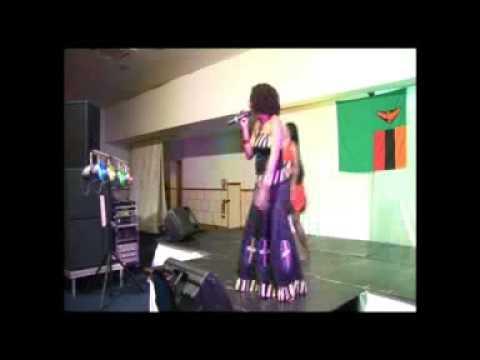 Nipeniko Ma Key(Live)-Angela Nyirenda
