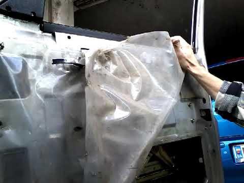 Как снять извлечь заменить стекло передней двери ГАЗ 3110 ВОЛГА/demontaz Zamiana Szyby Drzwi Przod!