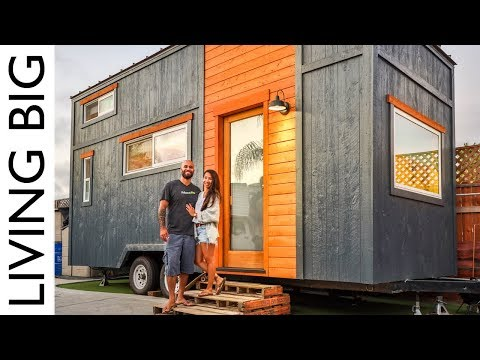 couple-build-incredible-tiny-house-for-one-years-rent