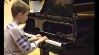 My piano horror - the most untalented boy in the world