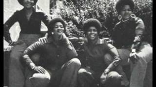 Mahotella Queens - Uyavutha Umlilo (1971)