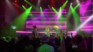 Nicki Minaj - Turn Me On (2011 New Year