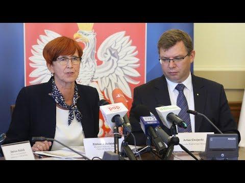 Minister Elżbieta Rafalska W Olsztynie - Polityka Społeczna Rządu W Kraju I W Regionie