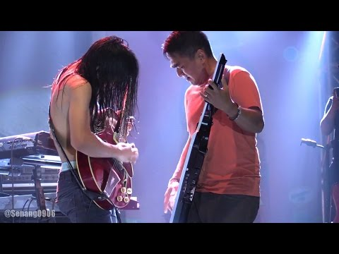 Barasuara ft. Indra Lesmana & Adra Karim - Api dan Lentera @ The 39th JGTC [HD]