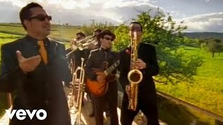 Roy Paci & Aretuska - Cantu Siciliano (Official Video)