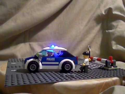 Police Car Website >> LEGO POLICE CAR WITH LIGHTS!! - YouTube