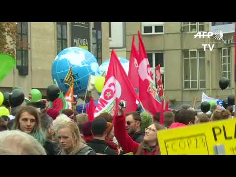 Climate activists march in Bonn to keep coal in ground