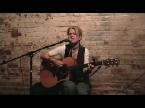 Tara Angell 'Freedom To Love' Live Acoustic 2008