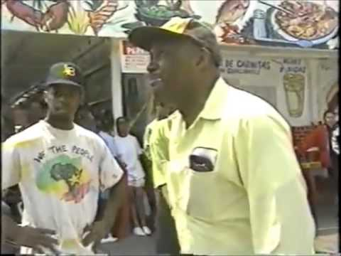 Brave Man Confronts Looters in Los Angeles - 1992 L.A. Riots