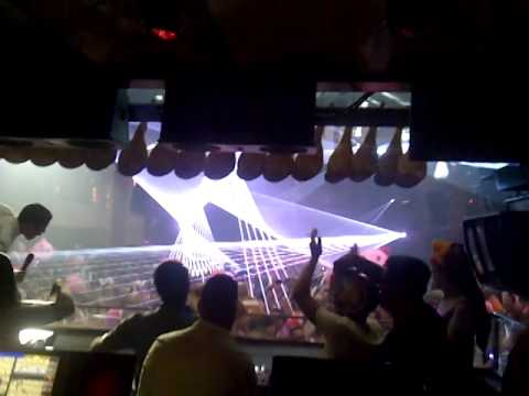 Amnesia Ibiza Fiesta Española 2013-06-23 Cabina DJ
