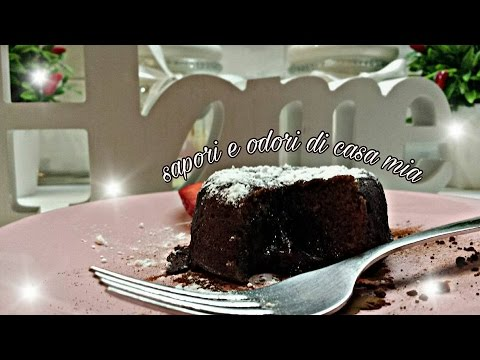 Tortino soffice  al cioccolato fondente dal cuore morbido  -  Dark chocolate tart with a soft heart