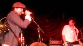 "Dallas Crane - ""Sit On My Knee"" Live @ The Tote 2011.04.10"