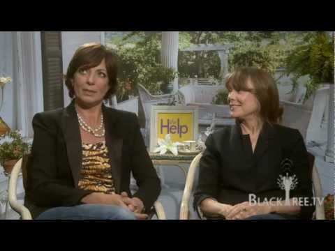 Allison Janney and Sissy Spacek discuss 'The Help'  Full interview