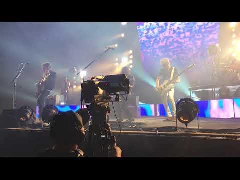 Kings of Leon - Crawl - Live from Oklahoma City 10/04/2017