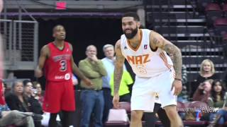 NAZ Suns Hold Off Comeback in Win Over Windy City