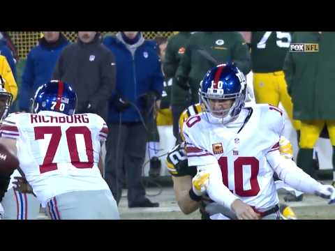 Giants VS Packers: Clay Matthews forces a fumble and recovers it.