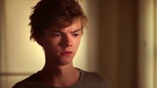 Thomas Brodie Sangster Sexy Moments