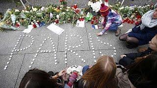 Παρίσι: Οι συγγενείς των νεκρών της 13ης Νοεμβρίου ζητούν απαντήσεις