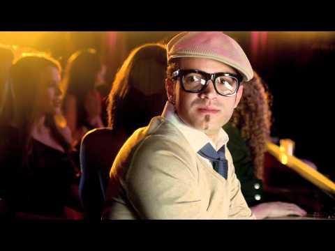 Chino y Nacho – Bebé Bonita ft. Jay Sean y el Ford Fiesta