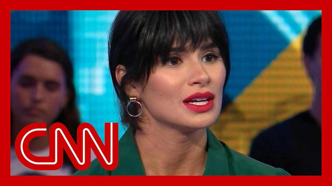 CNN:Actress shares how her parents were deported when she was a teen