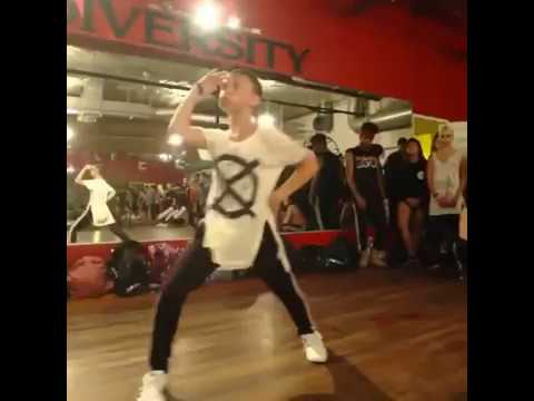 "Boy SLAYS Meghan Trainor ""Me Too"" Dance Routine (Sam mcwilliams)"