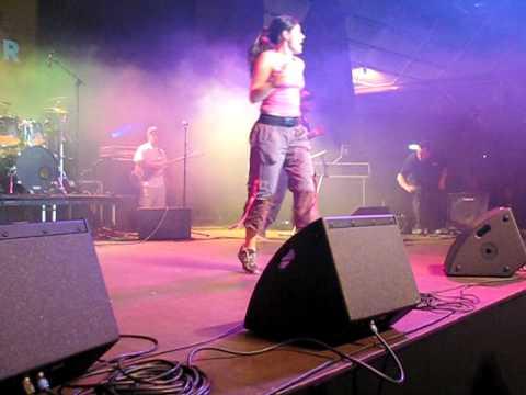 Miss Samoa NZ 2010-2011 (Maree Wright) does Zumba at MIxer Concert 2010