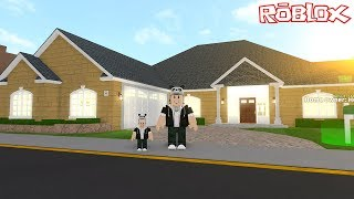 We're Building a Great Home for Our Family! - Roblox Home Tycoon with Panda