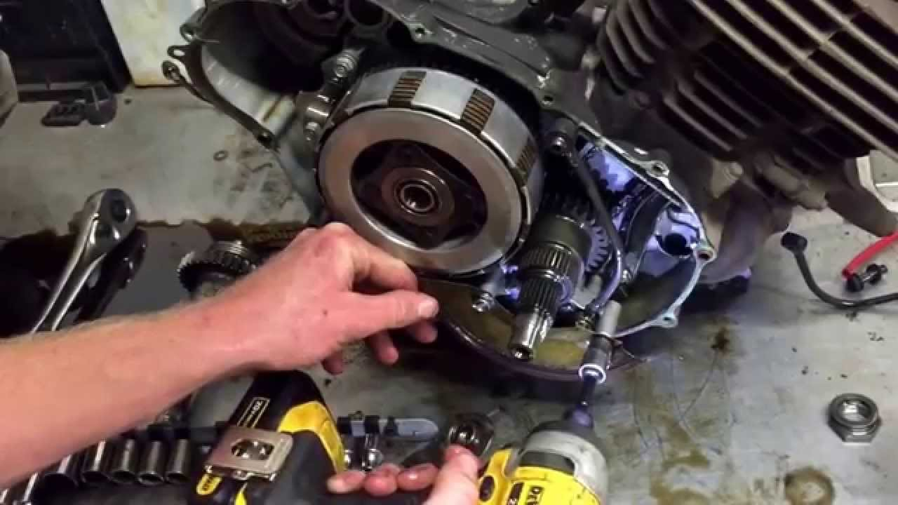 how to remove honda atv 300 clutch youtube 2005 honda 400ex engine diagram 2002 honda 400ex engine diagram