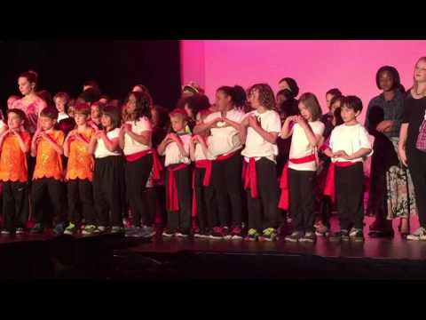 Londonderry School Play 2016 - chorus end