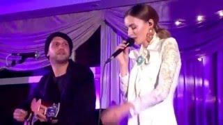 O5 a Radeček & Mária Čírová - Vloupám se (Nitra, 10.12.2015)