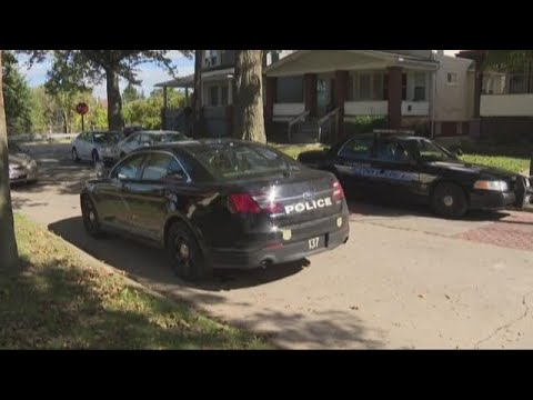Police find two dead bodies in house on Cleveland's west side in possible  murder-suicide
