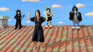 ソーラーフロンティアの2011年TVCMです。 井川遥さんがソーラーパネルの...