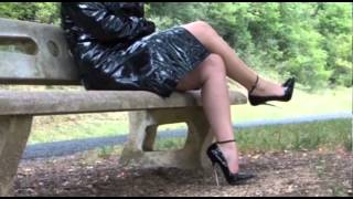 Repeat youtube video Gorgeous Girdles mp4