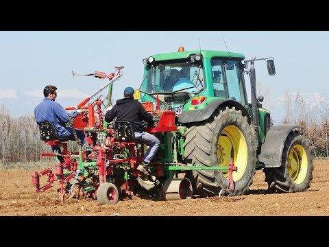 GRAPE PLANTING   John Deere 6420 S + WAGNER Planter