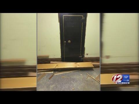 Hidden vault discovered at Rhode Island state house