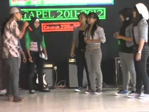 Drama Musikal Perpisahan SMP Negeri 1 Banjarharjo (2011/2012)