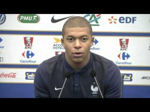 Mbappe «J ai rêvé de Zidane joueur, pas de Zidane l entraîneur»