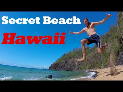 Hawaii Travel: The Best Beach on KAUAI! Amazing Secret Beach