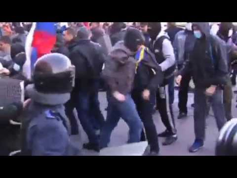 SoT News: Pro Russia Protesters Seize Ukraine Buildings